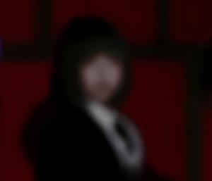 Adoさんの顔画像
