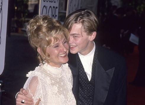 レオナルドディカプリオと母親
